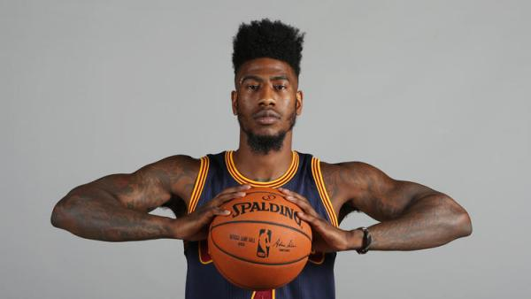 Should Cavs Fans Be Worried About Shumpert's Knee Draining?