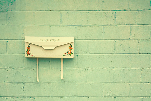 vintage-mailbox-mail-letters-words-Favim.com-473905_large