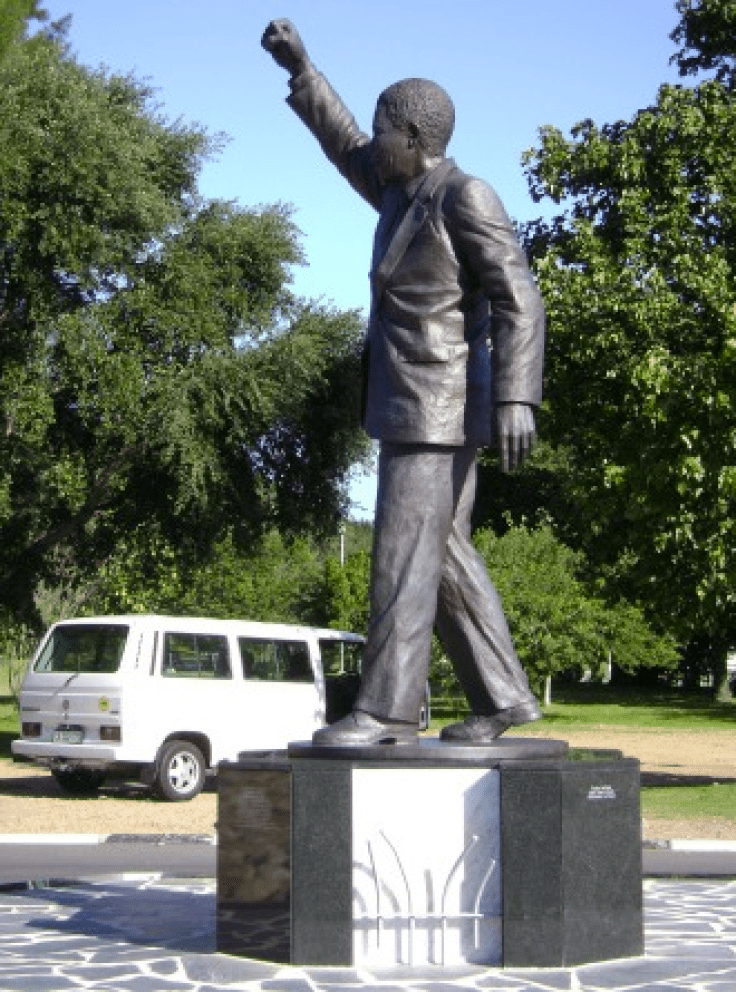 Mandela statue with raised fist