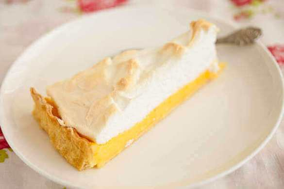 Lemon meringue pie | insimoneskitchen.com
