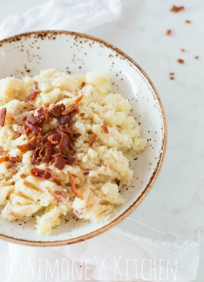 Cauliflower puree with bacon crumble | insimoneskitchen.com