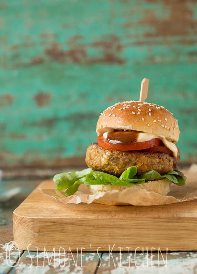 Butternut chicken burger | insimoneskitchen.com