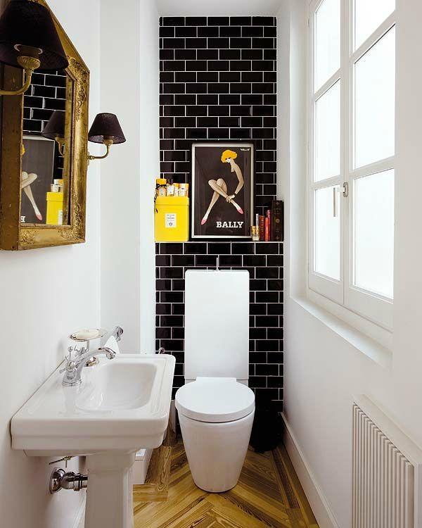 Azulejos Baño Horizontal: baño tan estrechito, se han elegido unos azulejos de baño en negro