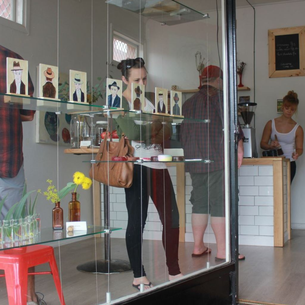Pop-up art gallery and espresso bar, Dubbo