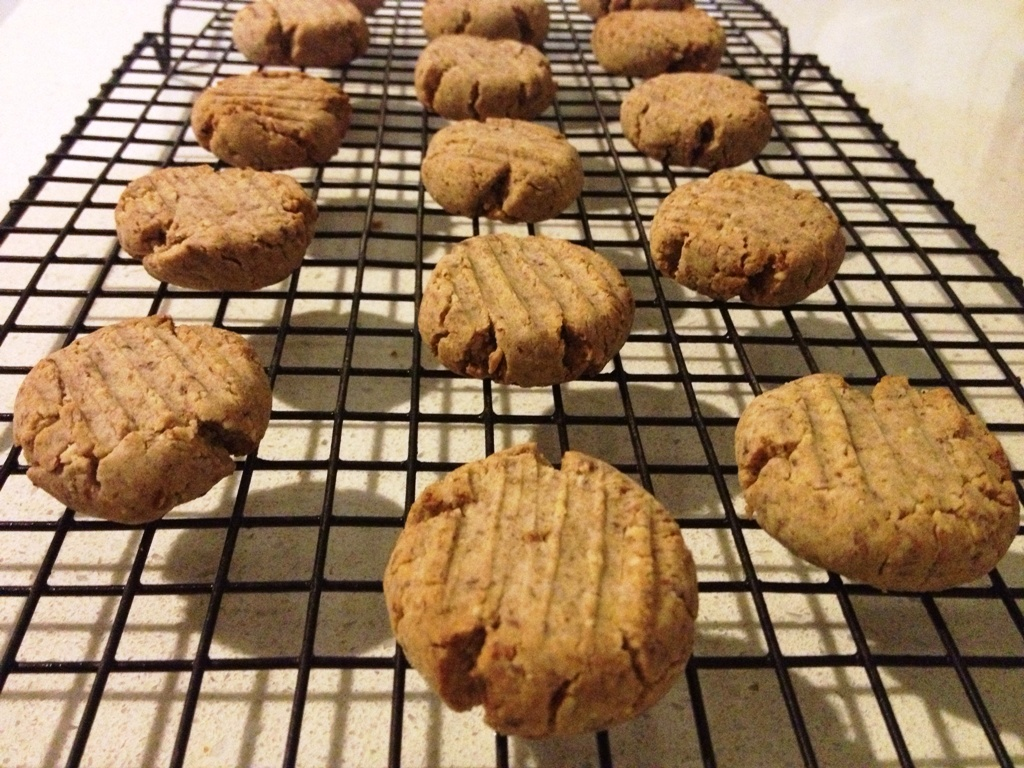 Sugar-free Date and Pecan Biscuits