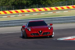 Alfa-Romeo-4C_Carscoops28[2]