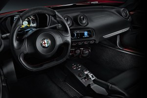 Alfa-Romeo-4C_Carscoops50[2]