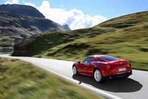 Alfa-Romeo-4C_Carscoops5[2]
