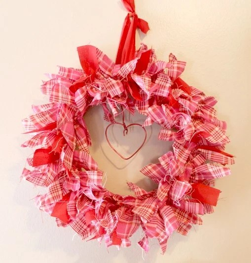 Shabby chic Valentine plaid Rag Wreath.intelligentdomestications.com