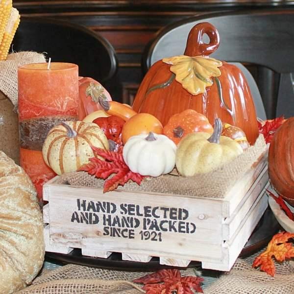 Farmhouse Style Fall Tablescape