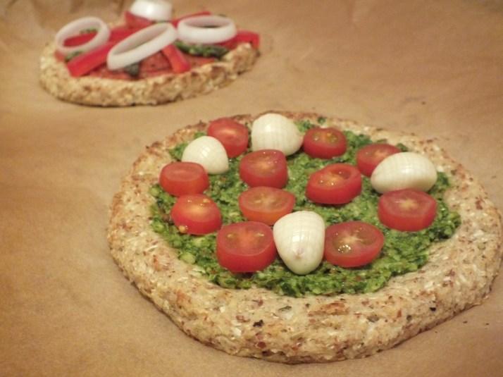 CauliflowerPizza_04.jpeg