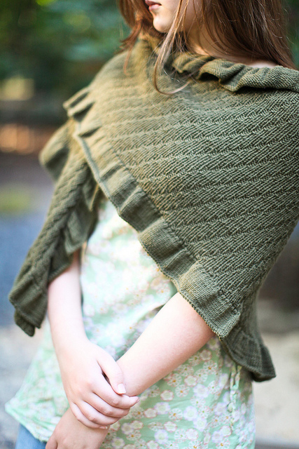 Knitting Pattern For Kate Middleton s Shawl : Royal Family Knitting Patterns In the Loop Knitting