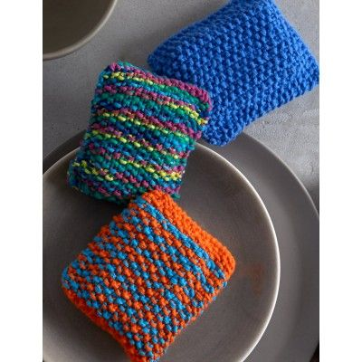 Free knitting pattern for Sponge Cozy and more household knitting patterns