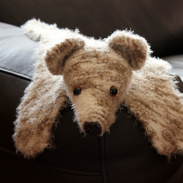 Free knitting pattern for Bear Buddy Blanket