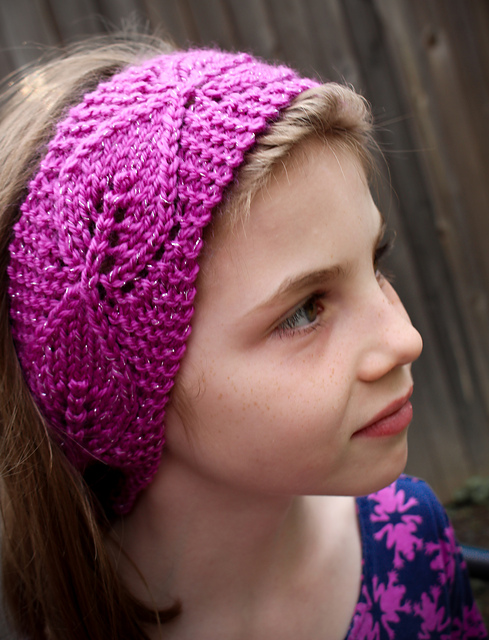 Free knitting patterns for Bouquet of 4 Headbands and more headband knitting patterns