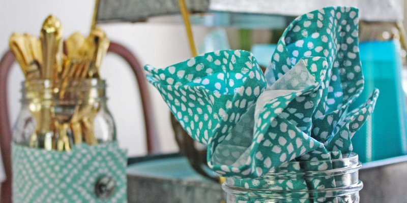 Bright Summer Tablescape
