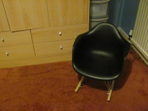 children's eames chair