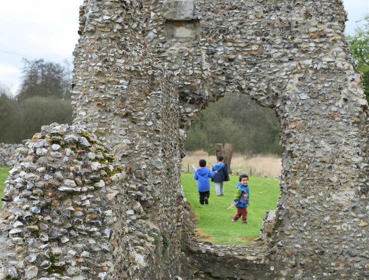 field trip ideas for kids - castles