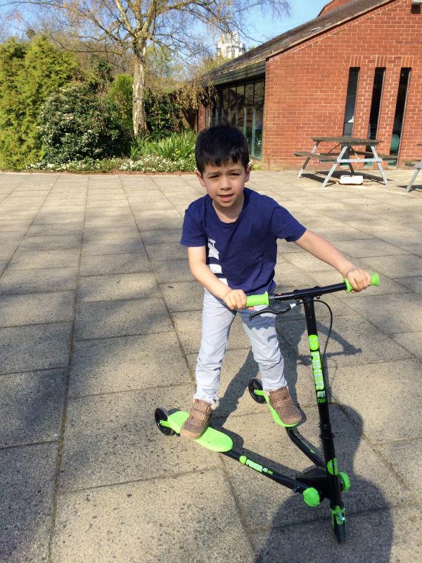 yvolution y fliker kids scooter