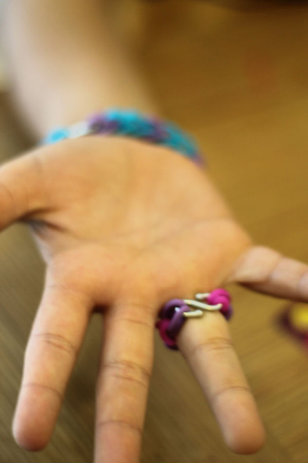 loom bands fastened with s clip