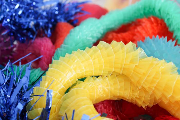 rainbow sensory play : tactile
