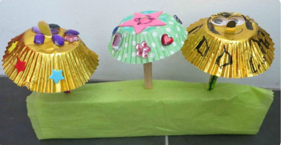 cupcake liner umbrella craft by et speaks from home