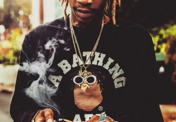 wiz khalifa pass it