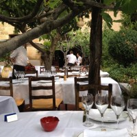 Calm-before-the-lunch-service-at-la-Colombe-DOr-@CelinaLafuenteDeLavotha-599x800