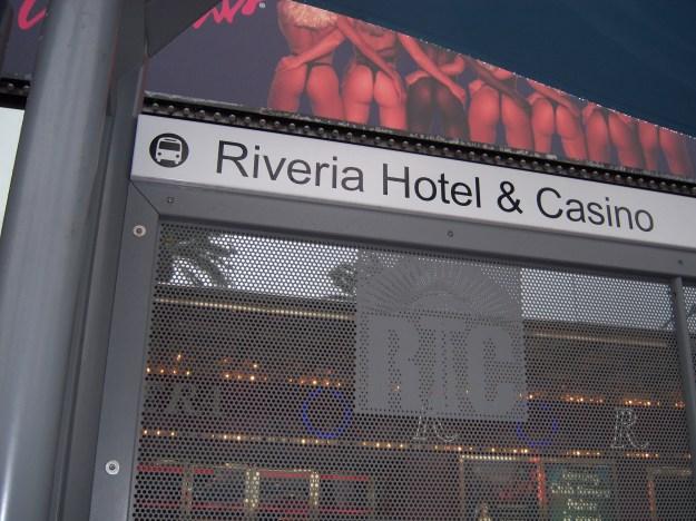 riveria bus sign
