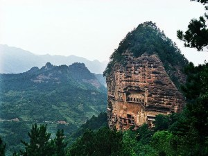 Maiji-Mountain-Grottoes