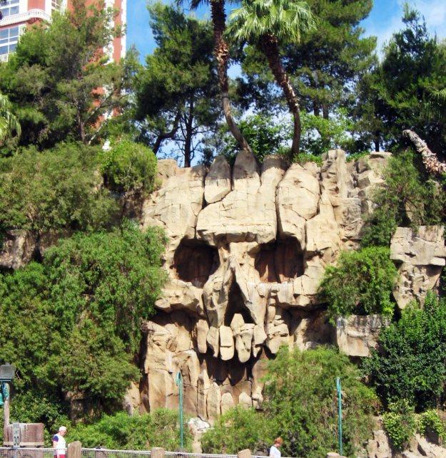 Treasure Island skull Las Vegas