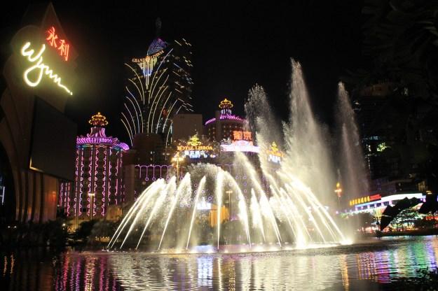 Wynn Lisboa night fountains Macau China