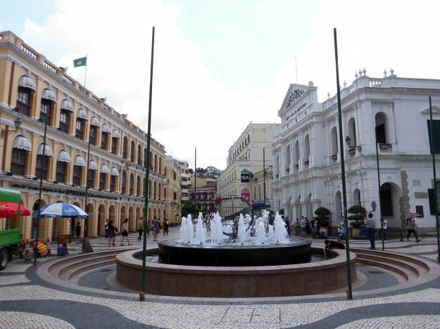 Macau China Senado Square fountain