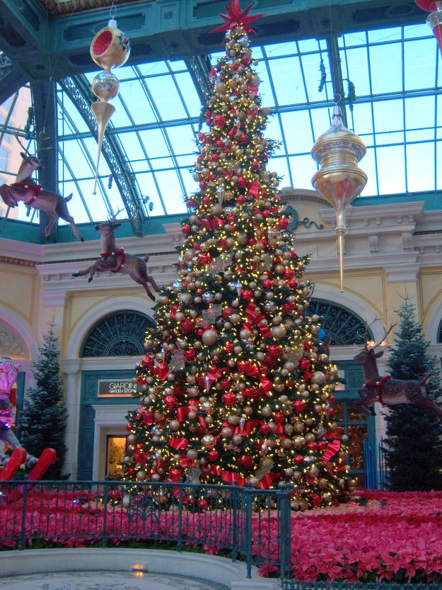Bellagio Christmas tree conservatory Las Vegas Nevada