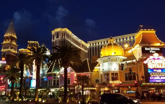 casino royale las vegas lit up night