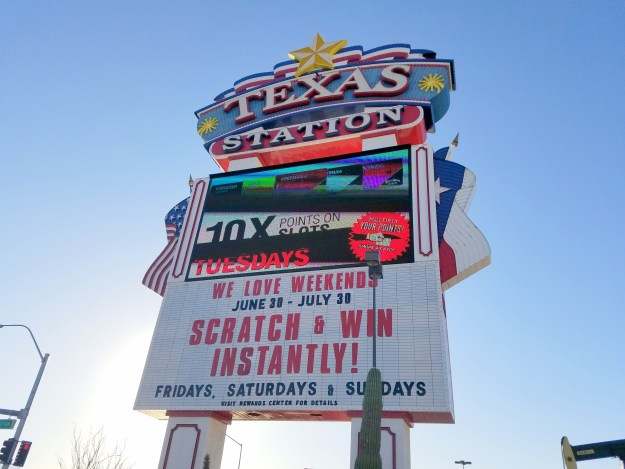 texas station las vegas sign