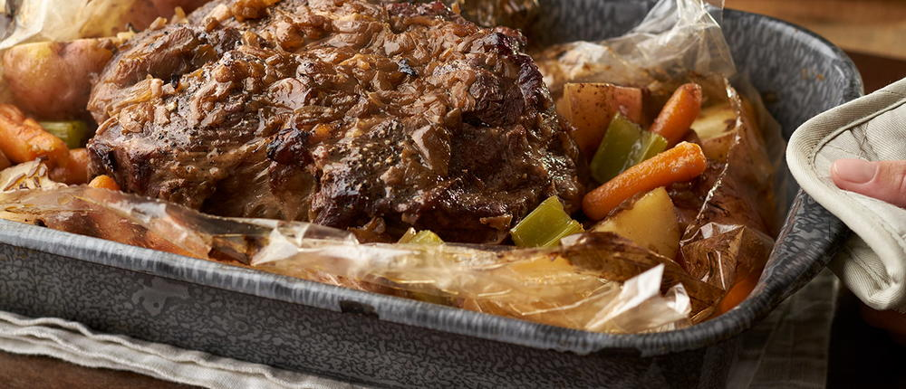 Easy One Pan Beef Roast with Vegetables | RecipeLion.com