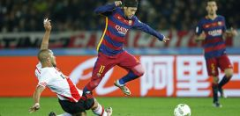 Neymar extends contract with Barcelona