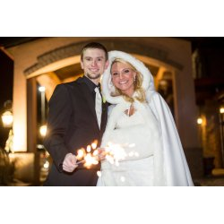Engaging Winter Is Coming Couples Planning A Winter Now Is Time To Make Tough Choices About Wedding From Navy To From Neutrals To G Winter Wedding Colors To Swoon Over
