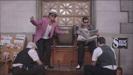 マーク・ロンソン - Uptown Funk (feat. Bruno Mars) アートワーク