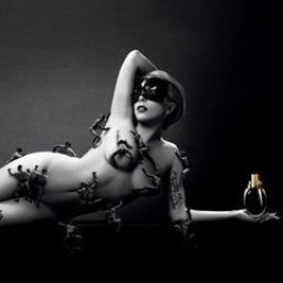 Lady-Gagas-Fame-Perfume-Ad