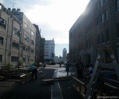 7月30日 屋台村は解体され、順番に掃除を行っていく。