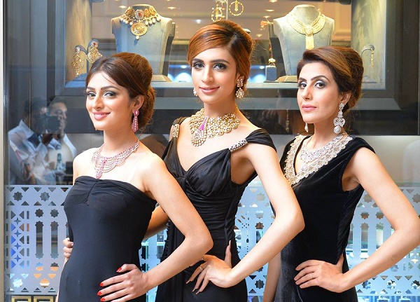 Models wearing Hanif Jewellers exclusive jewellery at the inauguration ceremony of jewelry store in Islamabad