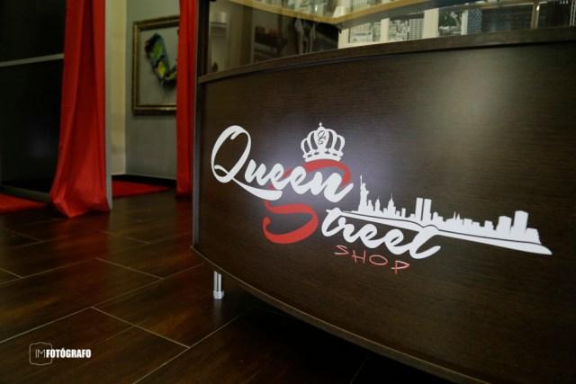 Interior de la nueva tienda de ropa Queen Street Shop