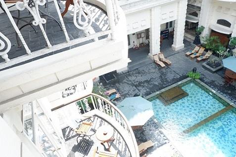 hotel phoenix swimming pool