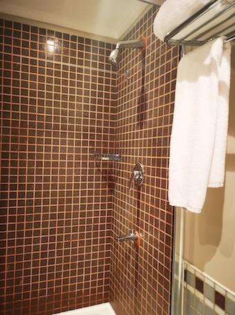 toilet di Hotel Movenpick Mekah