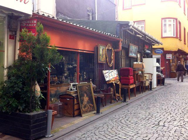 Ortaköy Antiquitätenhändler