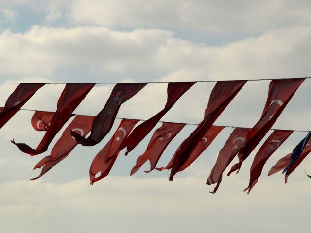 türkische_flaggen
