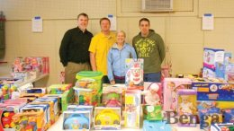 Members of ISU Leadership program help with Toys for Tots.
