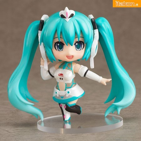 Nendoroid Petit x Mini 4WD Racing Miku 2012 ver. drives Astute Special